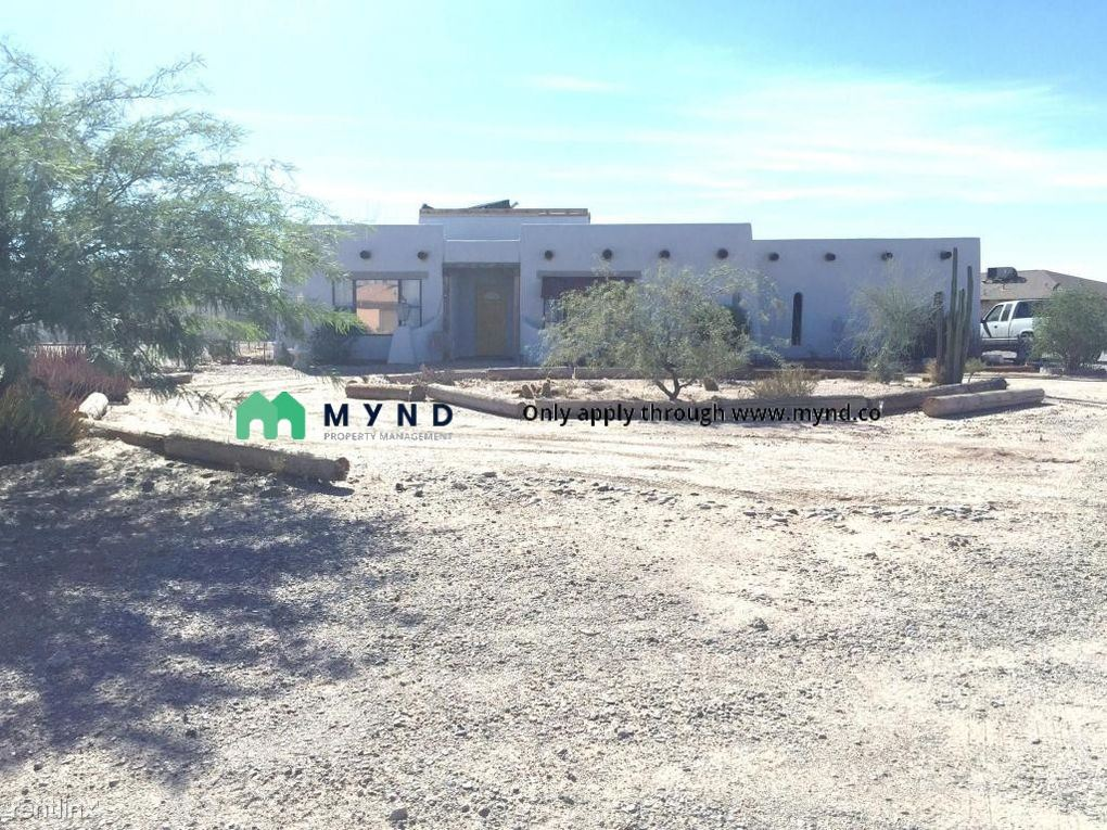 9987 W Santa Cruz Blvd, Arizona City, AZ - $1,095