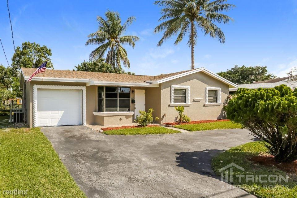 4421 NW 37th Street, Lauderhill, FL - $1,975