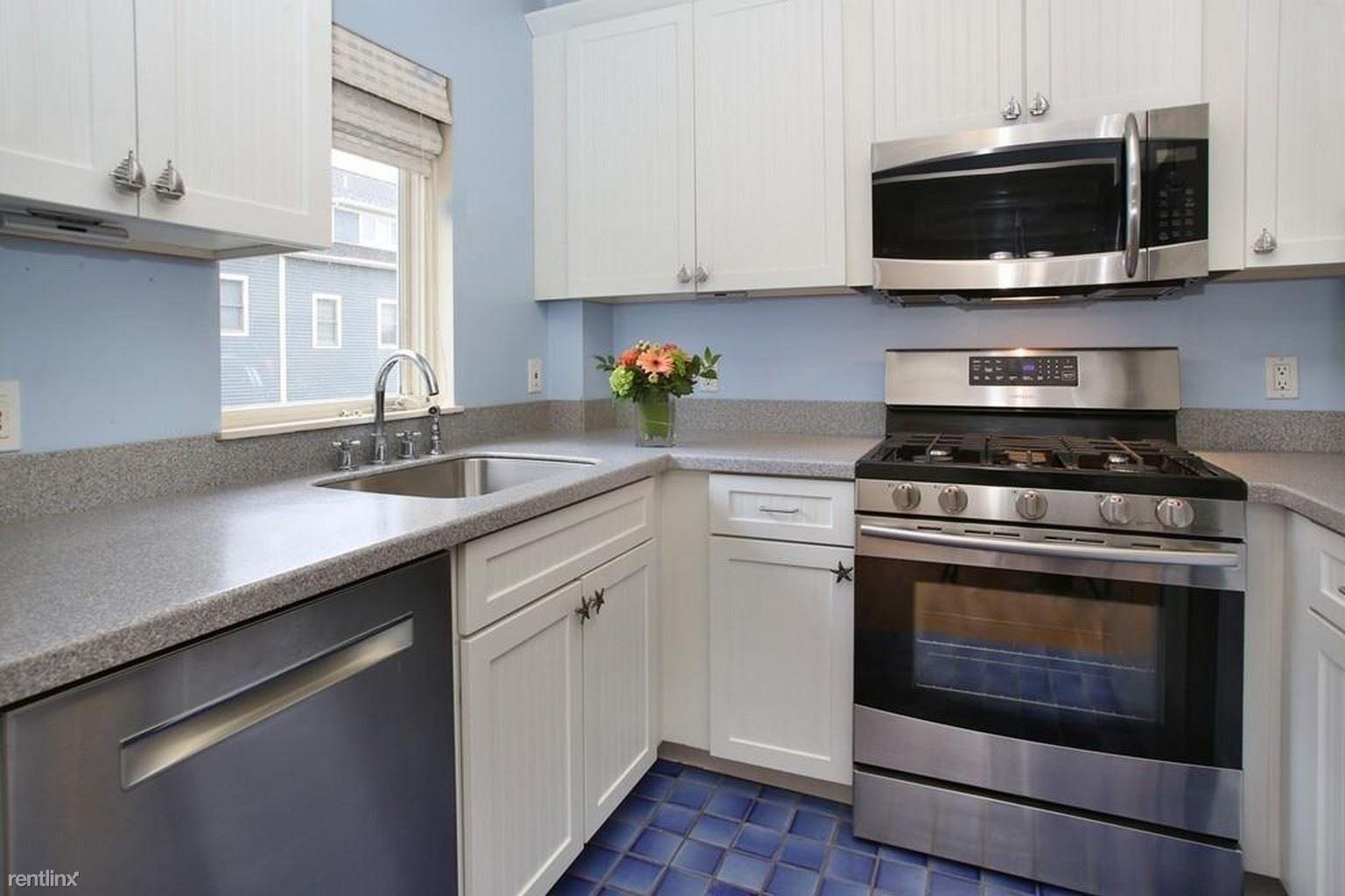 25 N Mead St, Boston, MA - $1,000