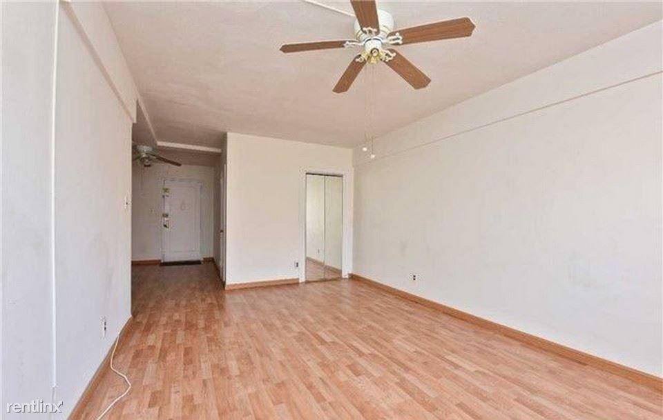 14008 28th Rd, Flushing, NY - $750