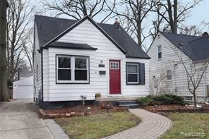 N of 696 and E of Woodward Ave, Royal Oak, MI - $2,100