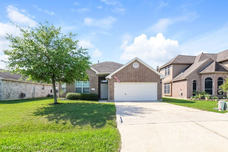 21550 Olympic Forest Drive, Porter, TX - $1,599