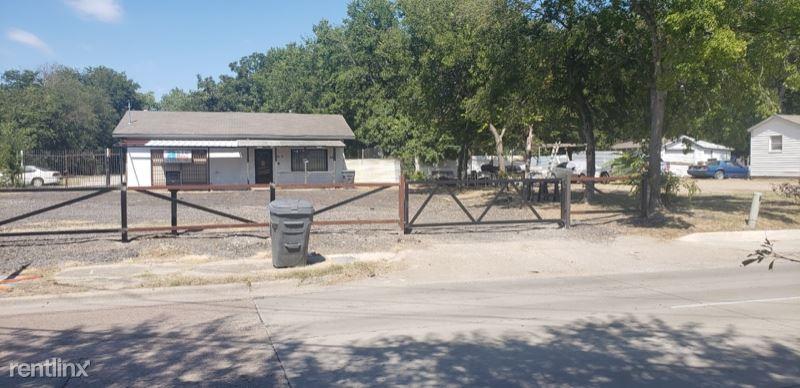 7515 Elam Rd, Dallas, TX - $1,900