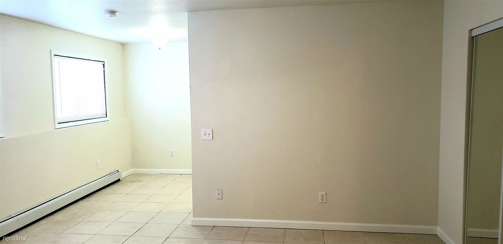 241 McCarrey St Unit 5, Anchorage, AK - $1,200 USD/ month