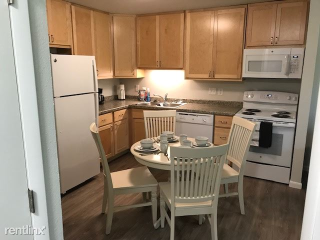 669 S Washington St, Lancaster, WI - $548