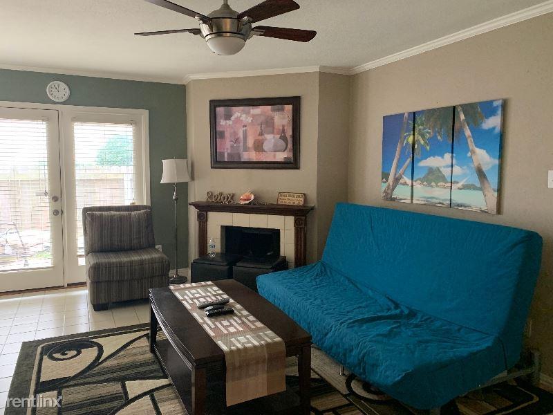 3220 69th St, Galveston, TX - $1,250