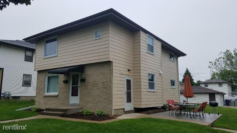 9031 W Crawford Ave Lower, Milwaukee, WI - $1,280