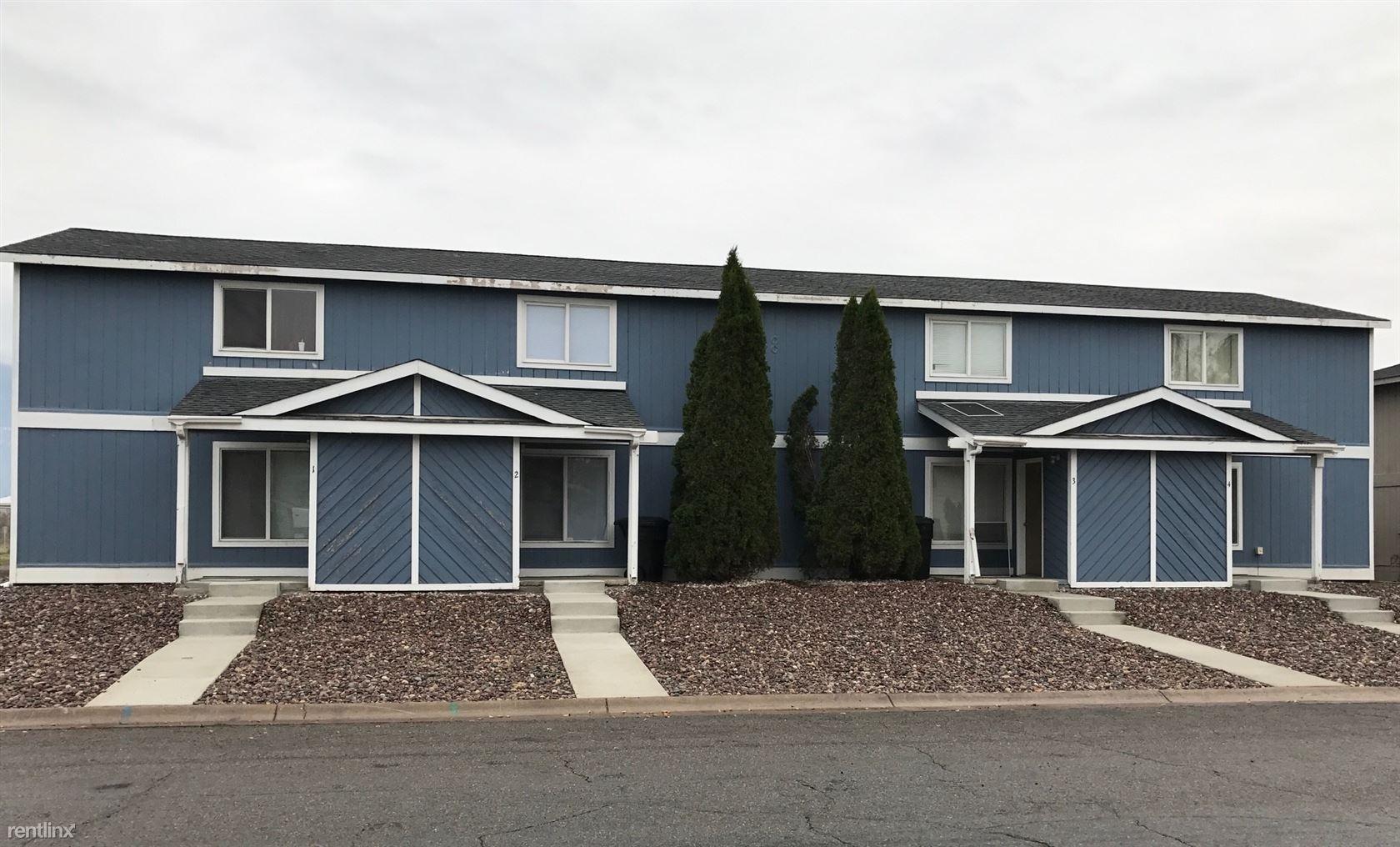 8 Martha Road, Unit 3, Columbia Falls, MT - $950