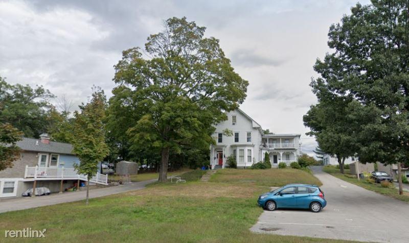 Arlington st, Nashua, NH - $1,850