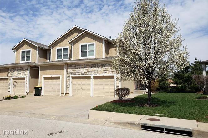 14916 W 64th St, Shawnee, KS - $1,700