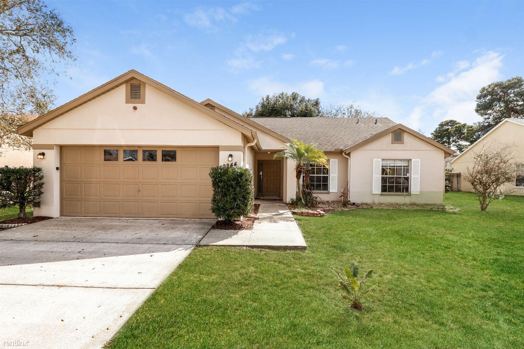 10244 Rainbow Oaks Dr, Hudson, FL - $1,399