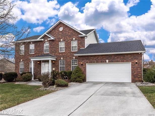 2 Jennifer Lane, Edwardsville, IL - $2,500