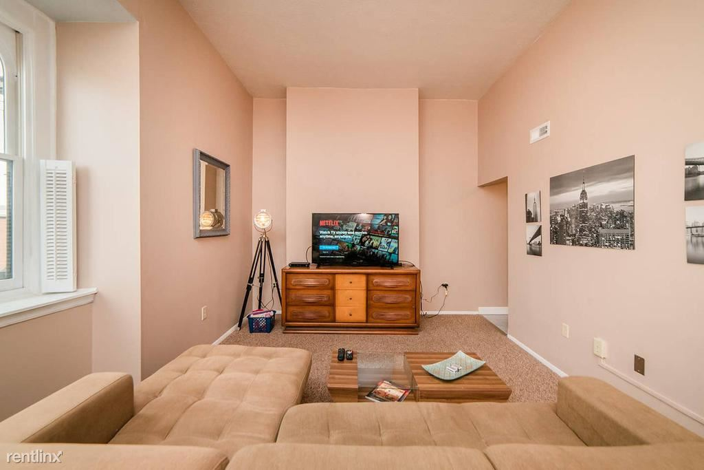 1307 Allegheny Ave Unit #3 - 1900USD / month