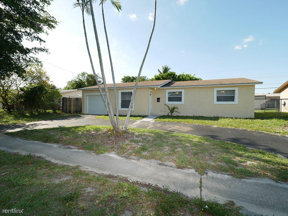 4821 NW 16 ST, Lauderhill, FL - $1,899