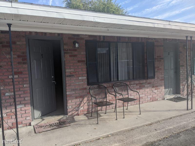 314 7th Ave NE 10, Ruskin, FL - $800