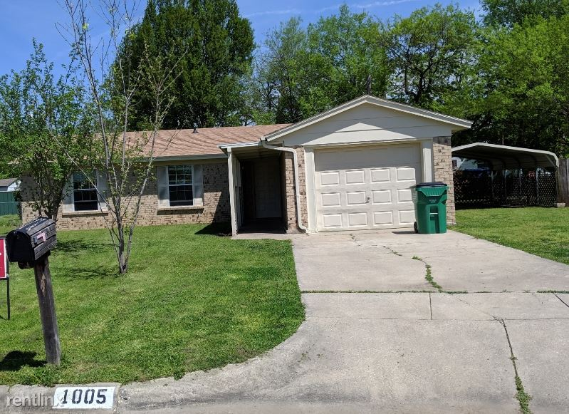 1005 Parkwood Ct, Gainesville, TX - $900