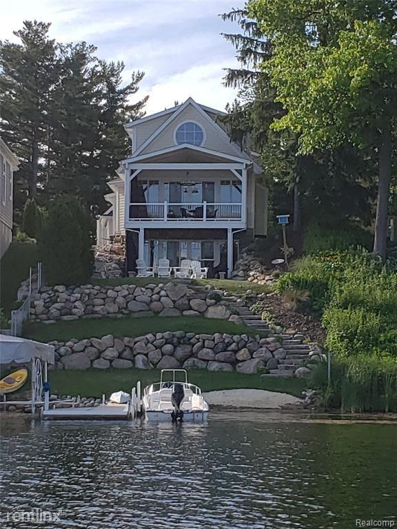 895 Central Dr, Lake Orion, MI - $4,000