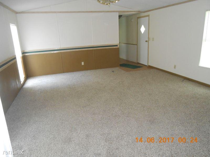 21002 Brairwalk, Porter, TX - $900