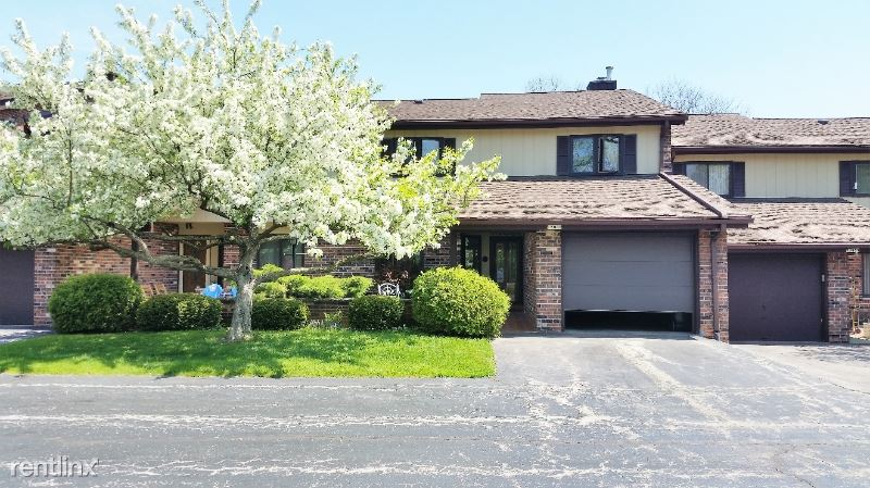 12930 N Colony Dr, Mequon, WI - $2,395