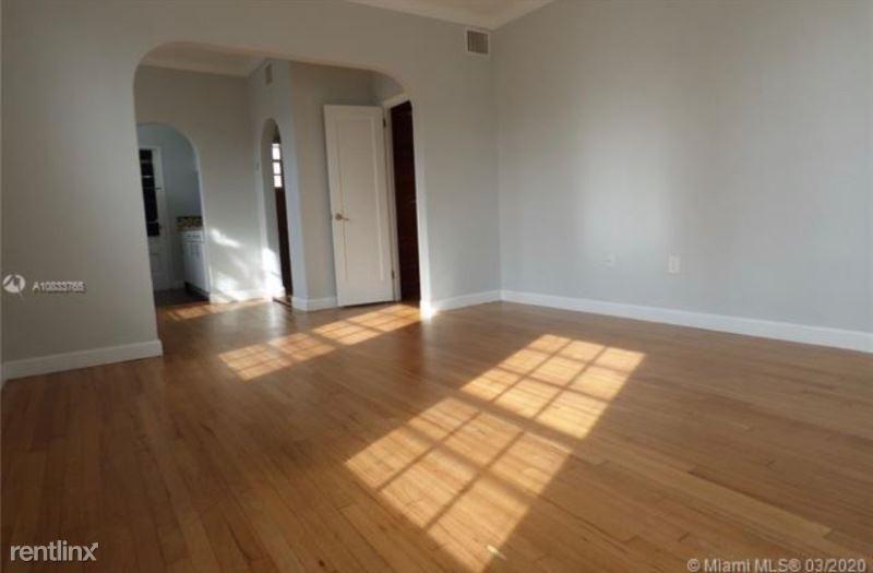 1035 Pennsylvania Ave 1, Miami Beach, FL - $1,300