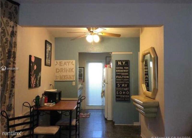 428 Collins Ave 2, Miami Beach, FL - $1,350