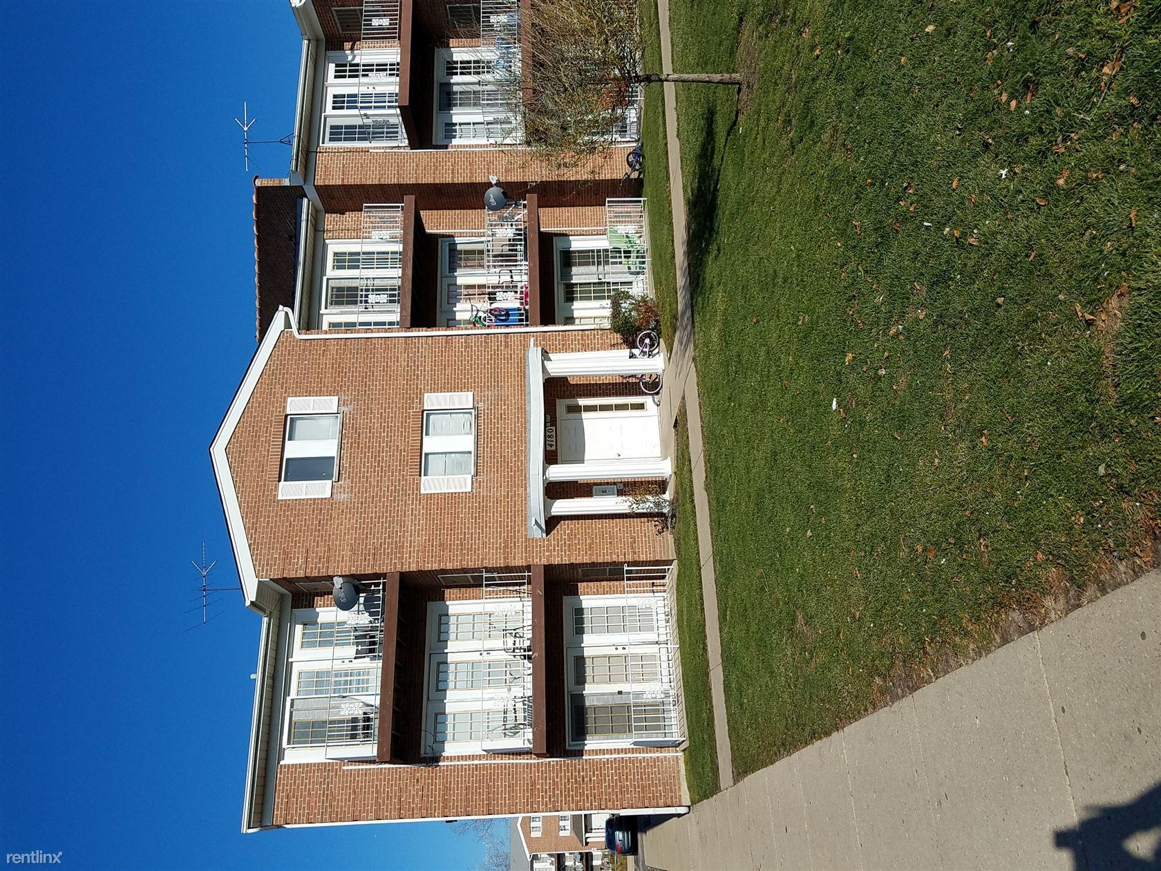 4100 Williamsburg Ct, Glenview, IL - $1,225
