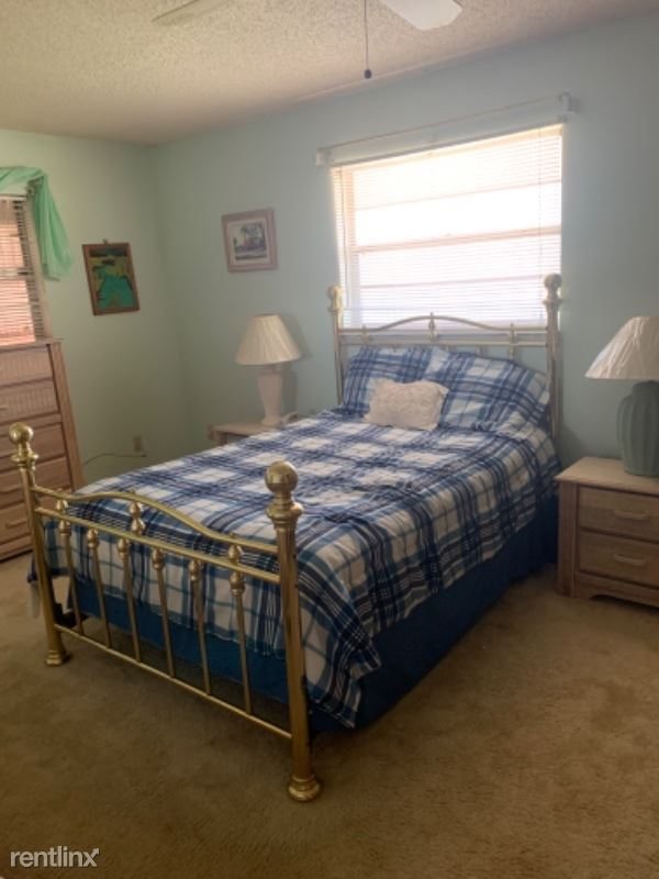 945 Clearmont St, Sebastian, FL - $1,800