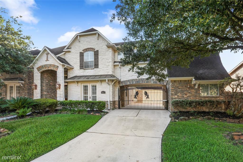 8626 Jackson Creek Bend Ln, Humble, TX - $3,000
