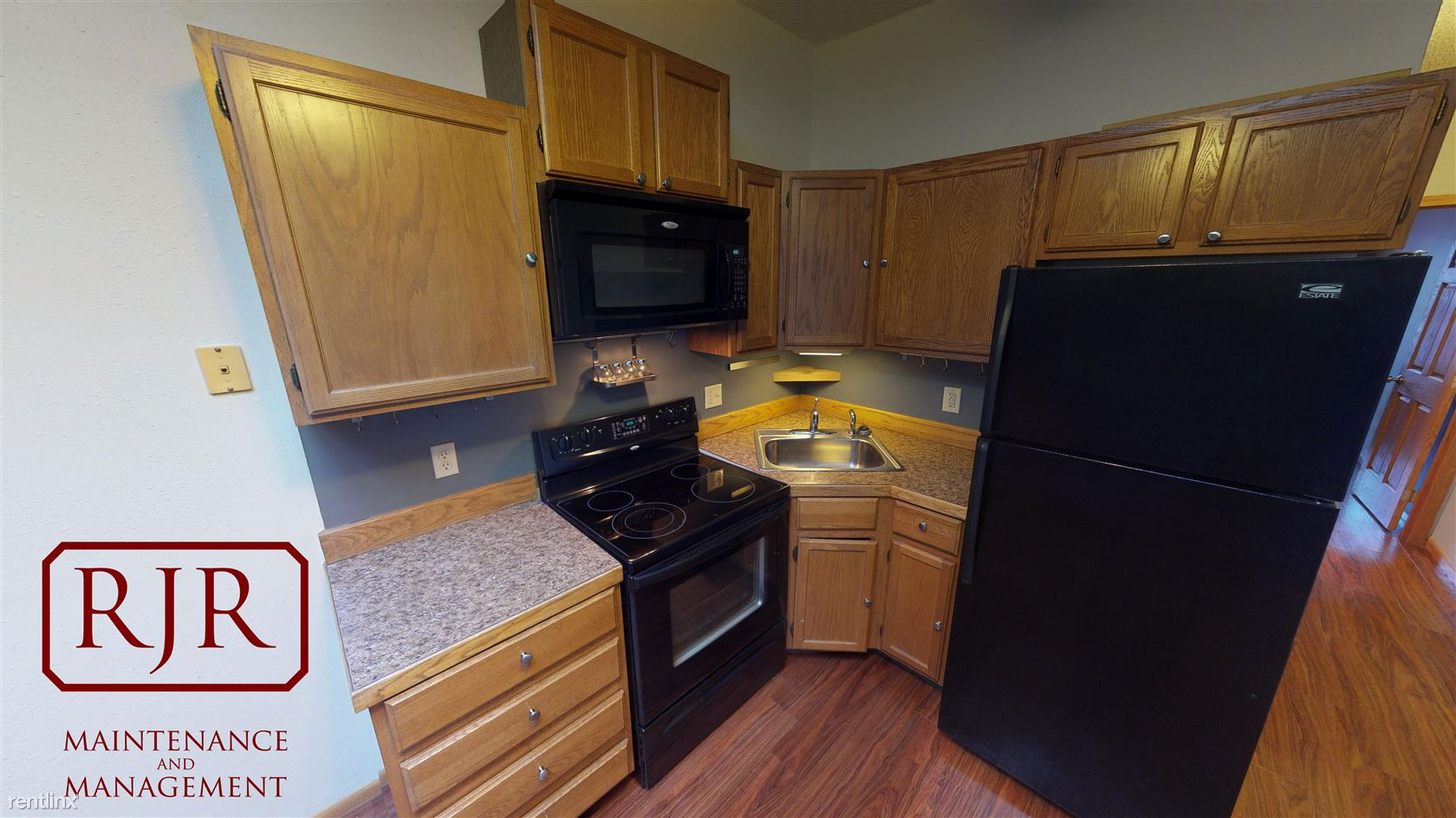 116 1/2 N 5th St - 799USD / month