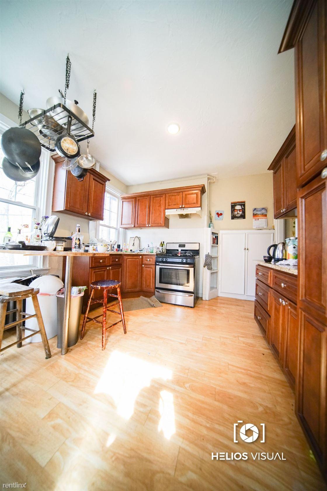 19 Putnam Ave # 1, Cambridge, MA - $8,499