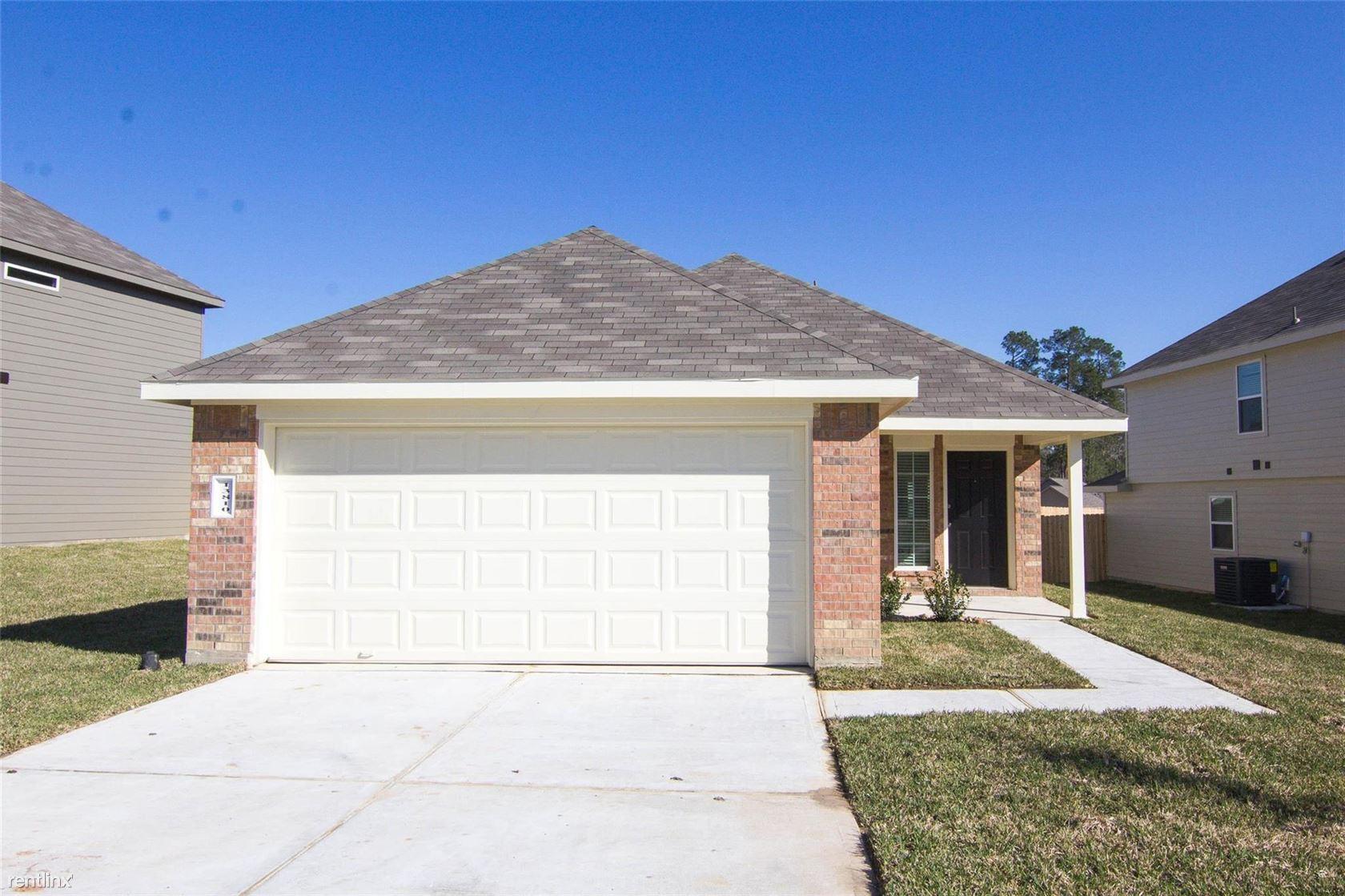 13810 Winding Path Ln, Willis, TX - $1,570