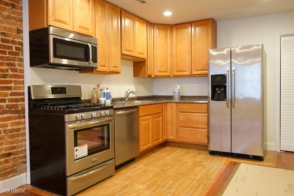 2206 Eutaw Pl Unit 3, Baltimore, MD - $1,700
