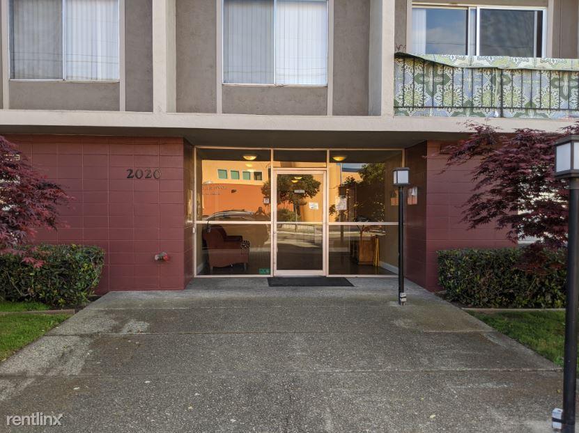 2020 Santa Clara Avenue #409, Alameda, CA - $2,595