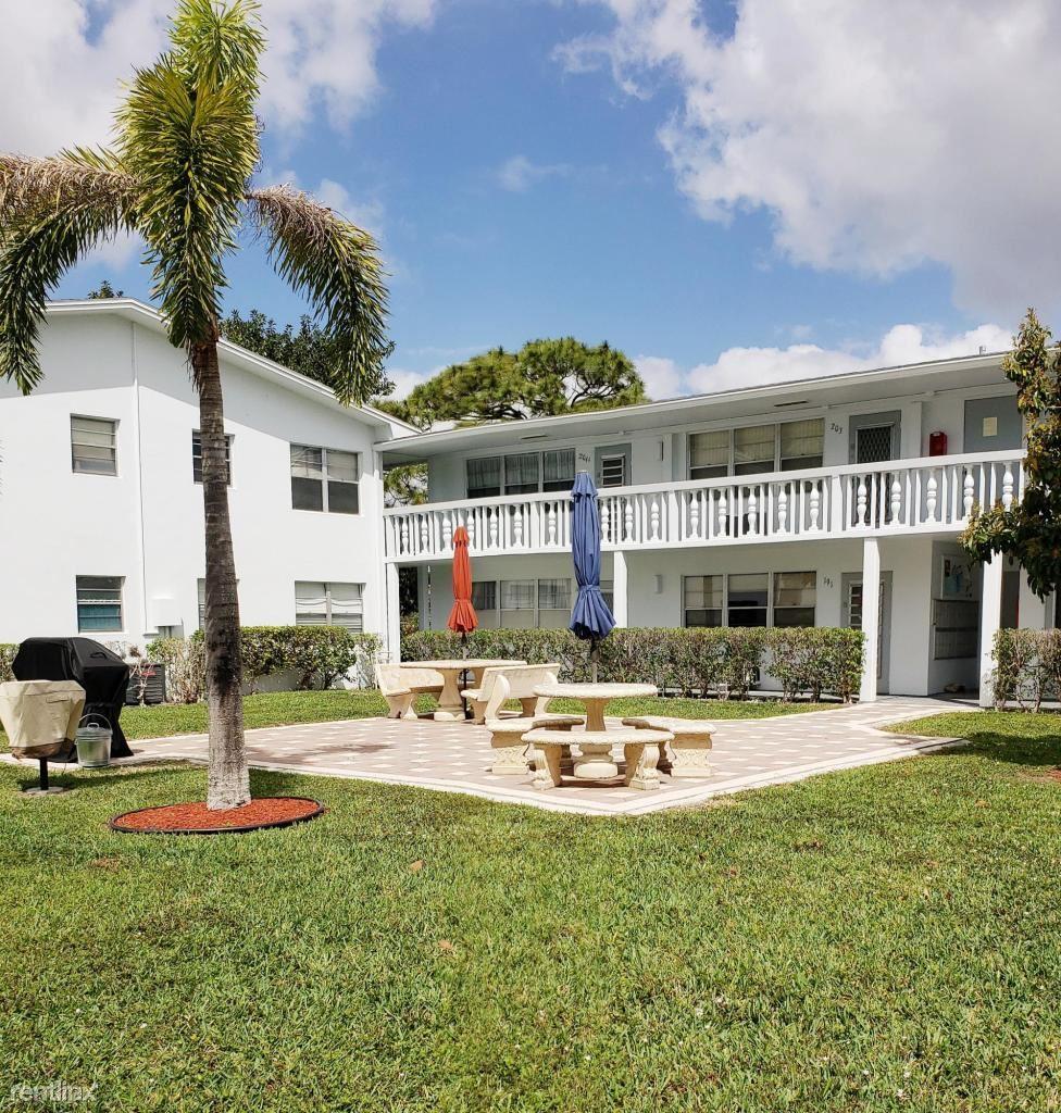 192 Tilford J, Deerfield Beach, FL - $1,100