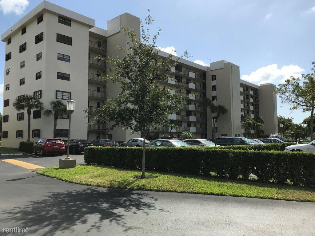 2430 Deer Creek Country Club Blvd # 510-2, Deerfield Beach, FL - $1,850