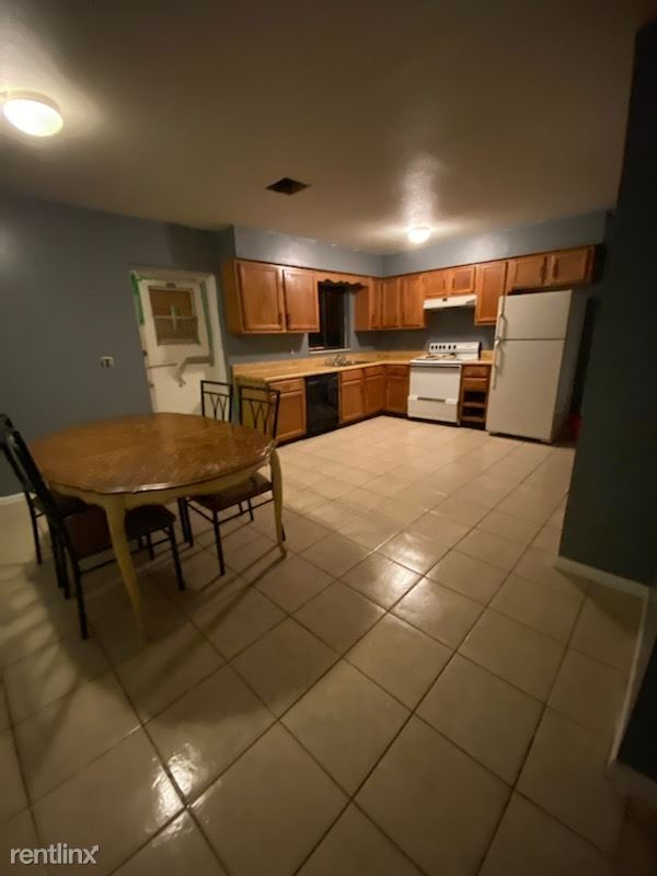 503 Jackson Street, Lake Wales, FL - $1,000