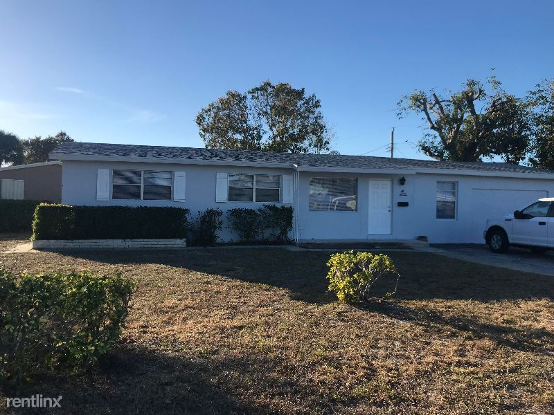 905 Laurel Drive, Lake Park, FL - $1,990