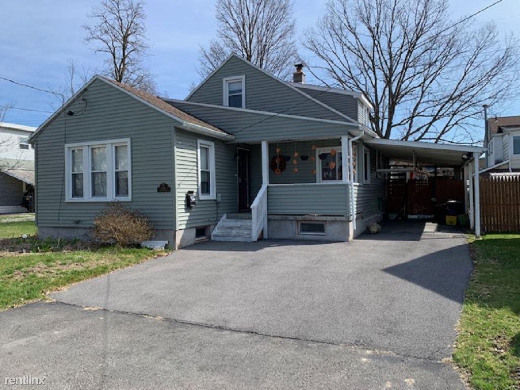 326 Arthur Ave, Johnson City, NY - 1,200 USD/ month