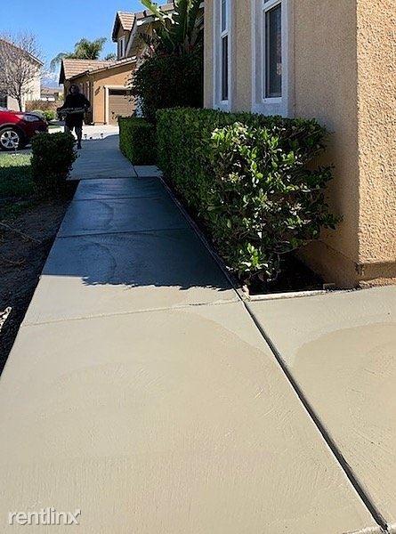 8418 Lourenco Lane, Corona, CA - $1,750