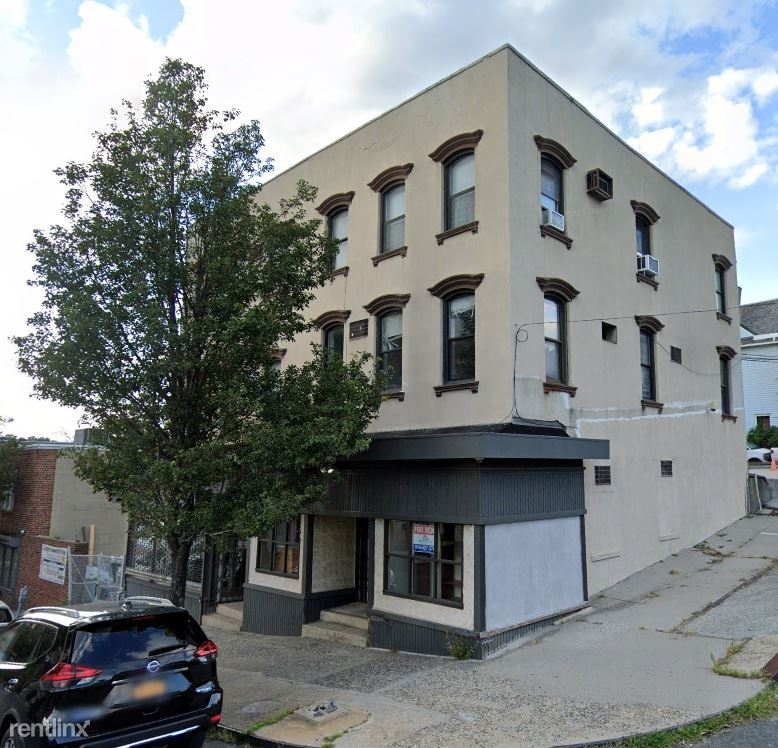 119 Mount Vernon Ave 2, Mount Vernon, NY - $2,500