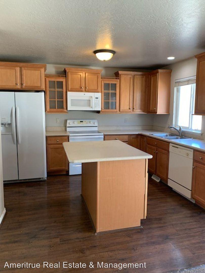3594 W Bay Circle, Lehi, UT - $1,495