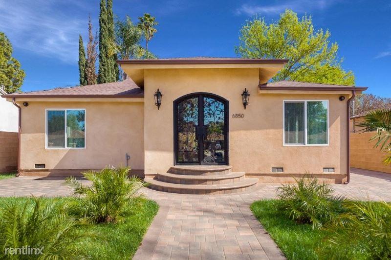 6850 ENCINO AVE, Lake Balboa, CA - $4,600