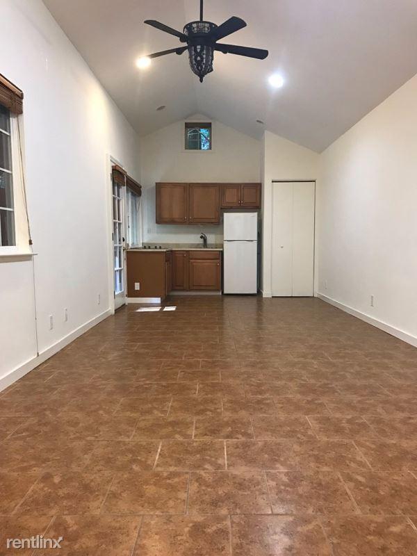 435 Hubbard Gulch Rd, Ben Lomond, CA - $1,850