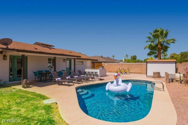8214 E Meadowbrook Ave, Scottsdale, AZ - $3,500