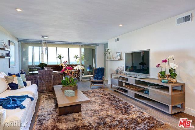 1025 Ocean Ave Apt 102, Santa Monica, CA - $9,500