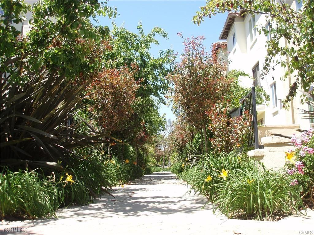 5738 Celedon Crk, Playa Vista, CA - $6,500