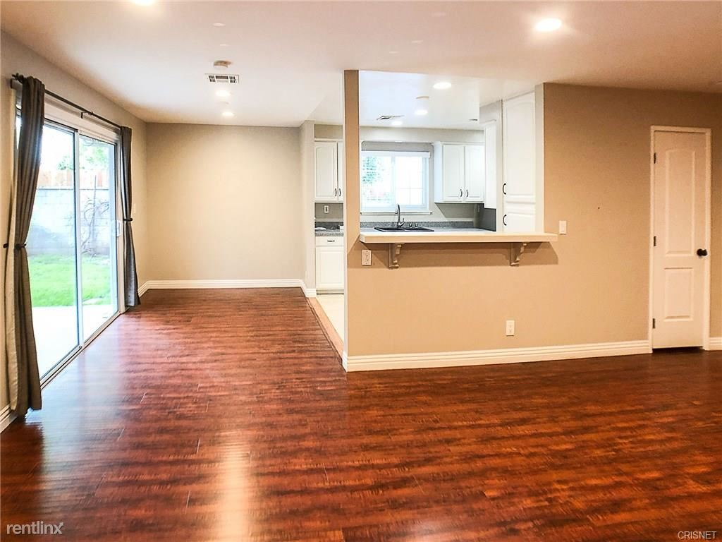 6523 Penfield Ave, Woodland Hills, CA - $4,300