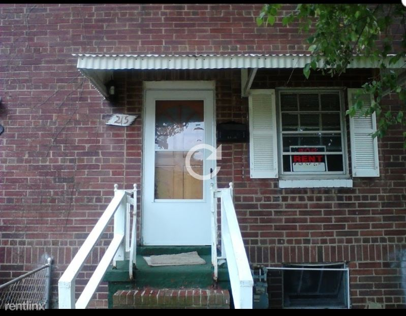 215 Buchanan St, Alexandria, VA - $2,200