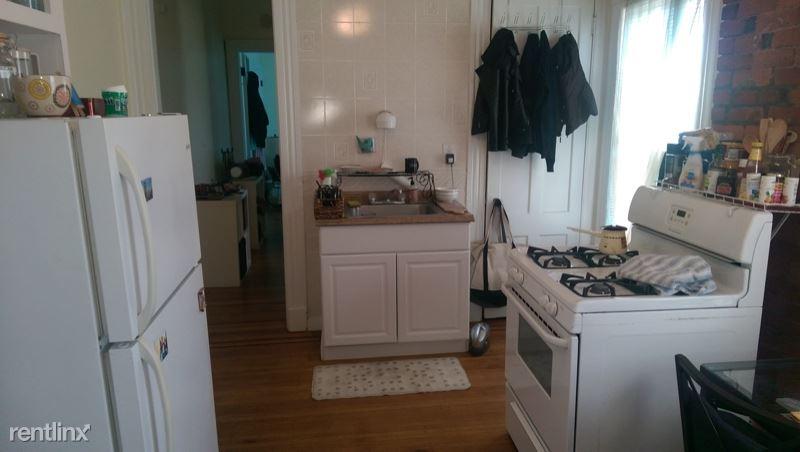 382 Crown Street 4, New Haven, CT - $1,125