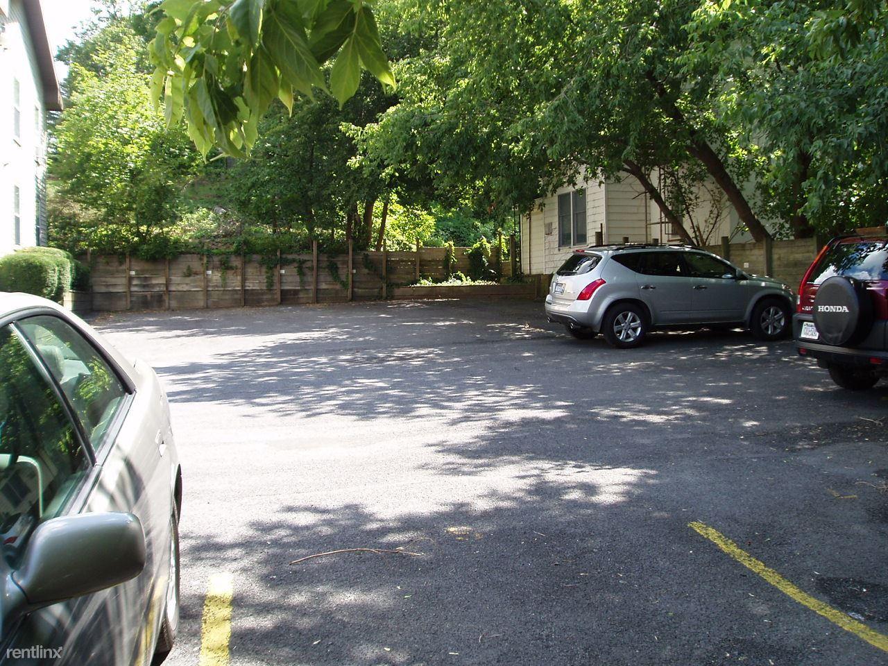 117 Oak Avenue, Ithaca, NY - $2,700